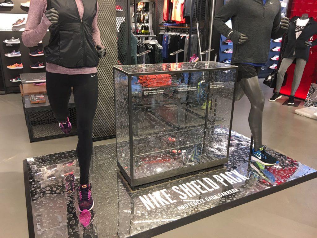 Mobiliario PLV para Nike Store